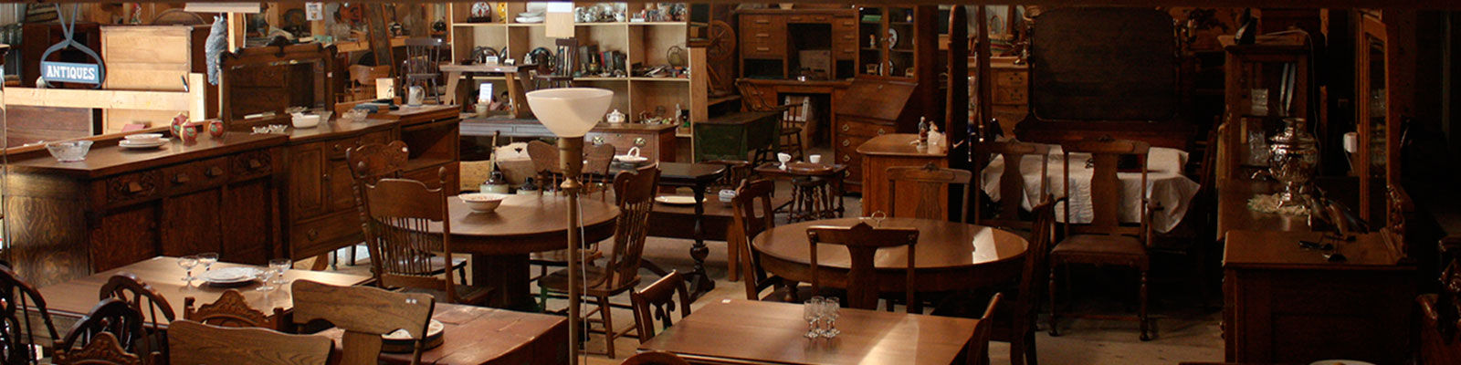 Delaquis Antiques Showroom - Antiques, Collectibles and Vintage Furniture